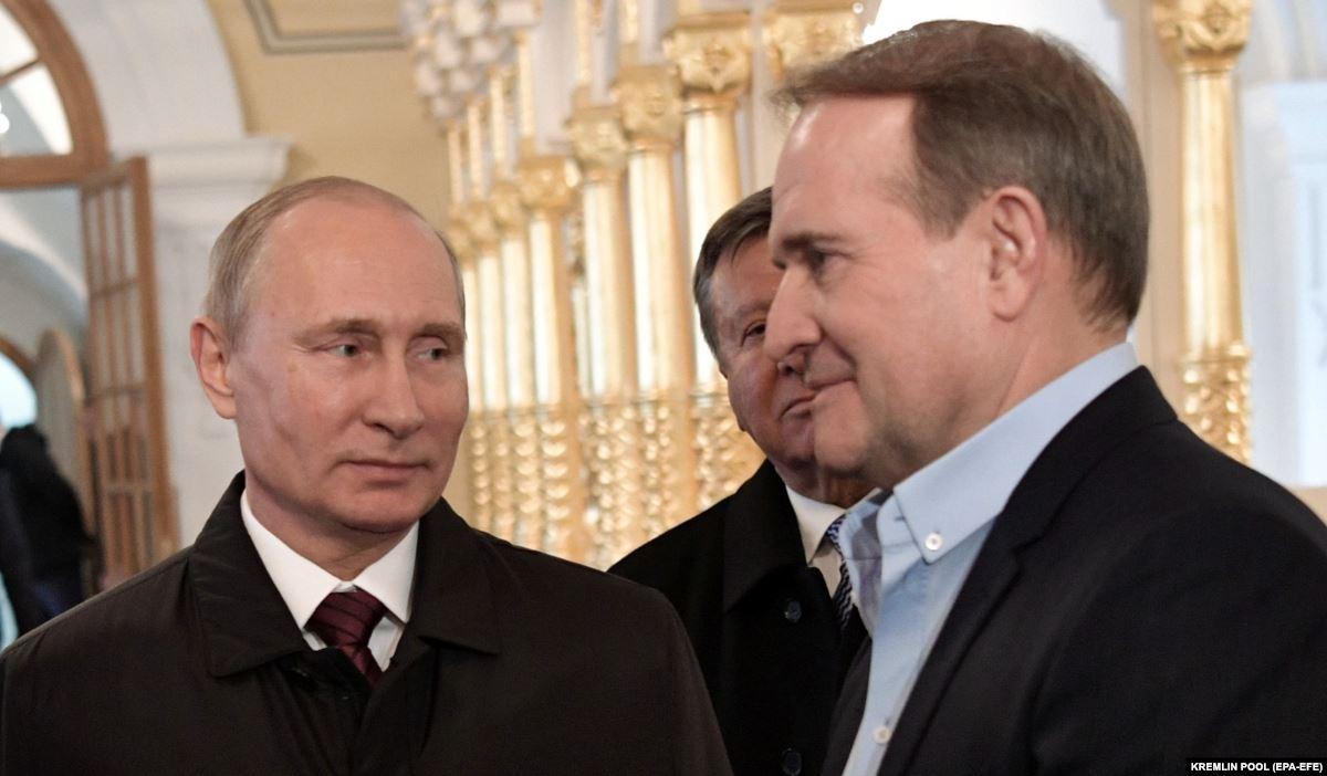 Зеленский отреагировал на просьбу Медведчука к Путину о предоставлении украинцам российской вакцины